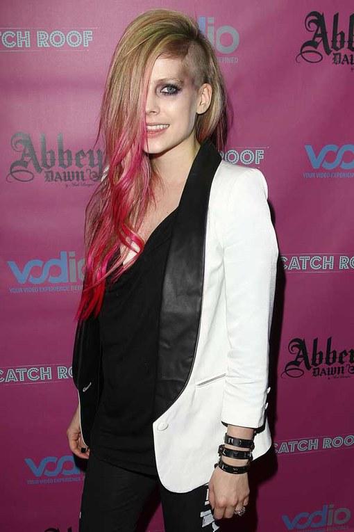 Celebrities exposed: Avril Lavigne
