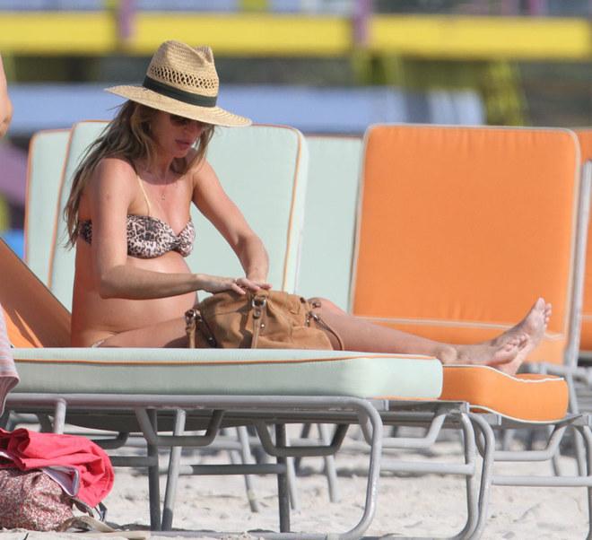 Gisele a Miami con il pancione