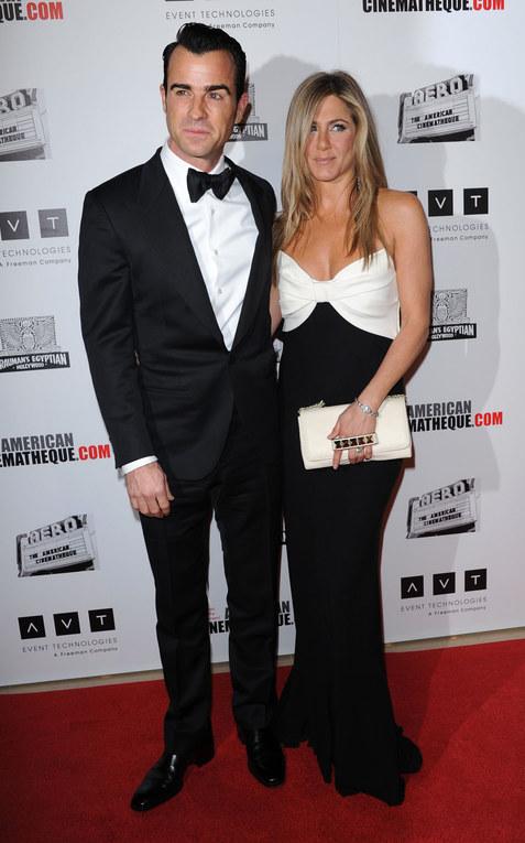 Aniston- Theroux, serata di gala prima delle nozze
