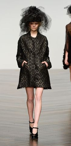 Sfilata John Rocha London Fashion Week autunno/ inverno 2013 - 2014