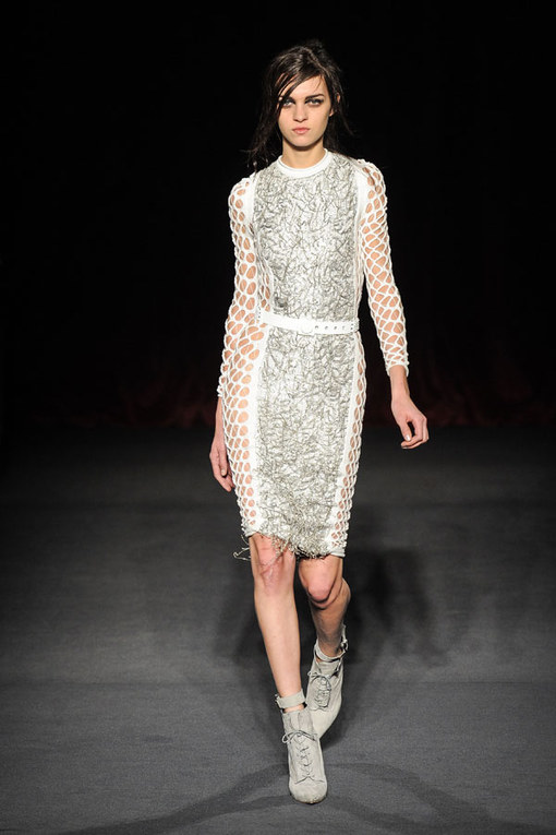 Julien Macdonald - London Fashion Week Otoño Invierno 2013-2014