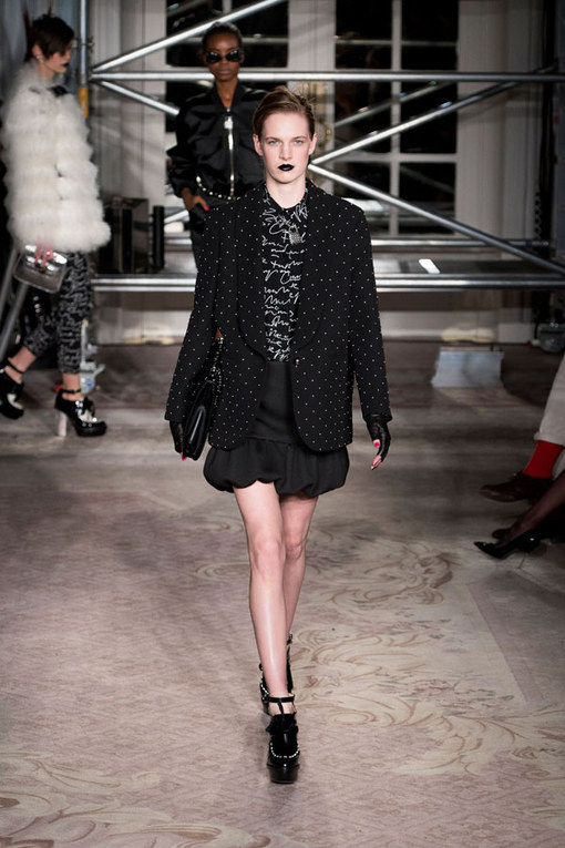 Moschino Cheap and Chic - London Fashion Week Otoño Invierno 2013-2014