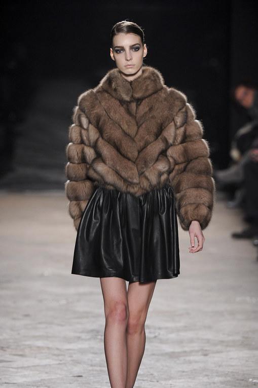 Simonetta Ravizza - Milán Fashion Week Otoño Invierno 2013-2014