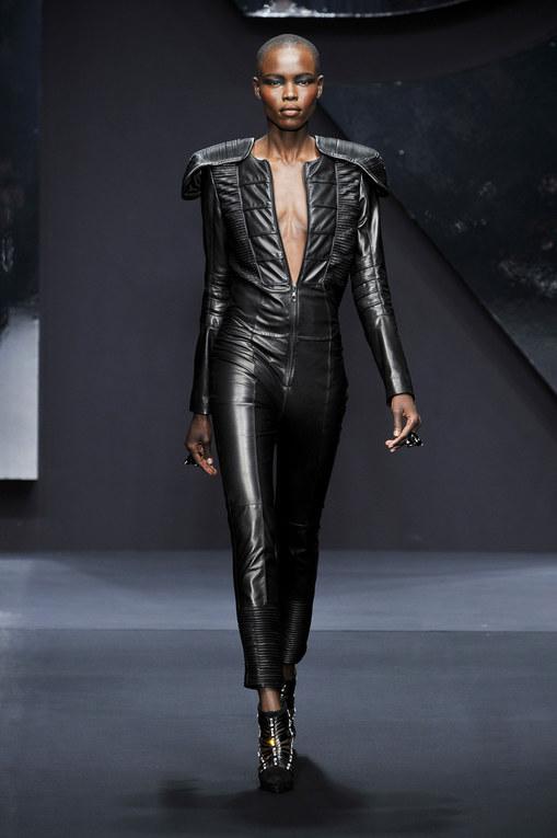 Krizia - Milán Fashion Week Otoño Invierno 2013-2014