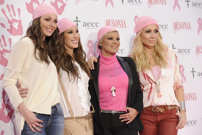 Famosas unidas por el pañuelo rosa