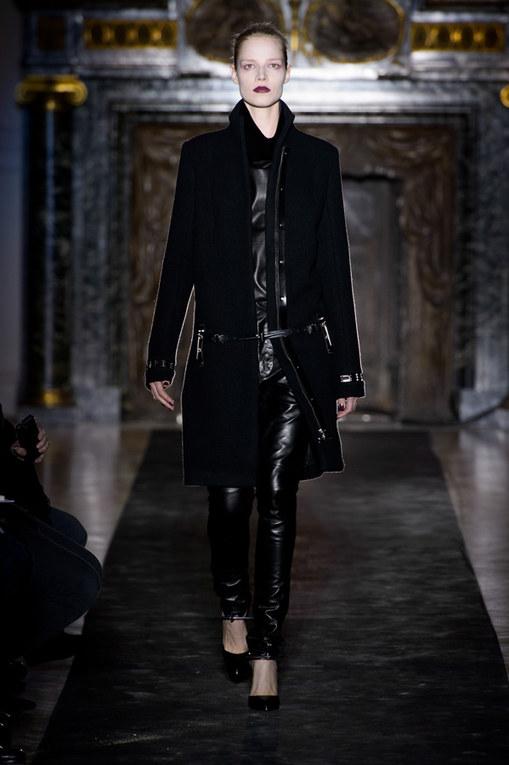 Anthony Vaccarello - París Fashion Week Otoño-Invierno 2013-2014