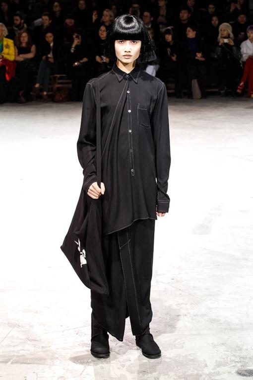 Yohji Yamamoto Paris Fashion Week autunno/ inverno 2013 - 2014