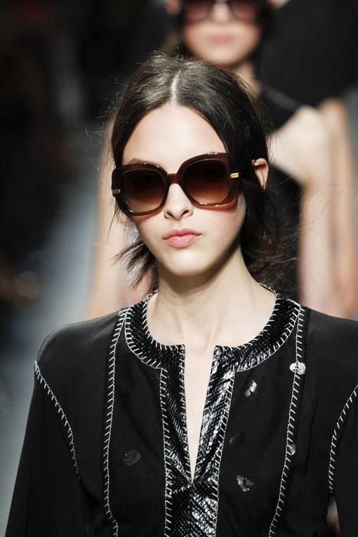 Tendenza occhiali da sole primavera estate 2013 dalle sfilate - Occhiali da sole Bottega Veneta primavera estate 2013