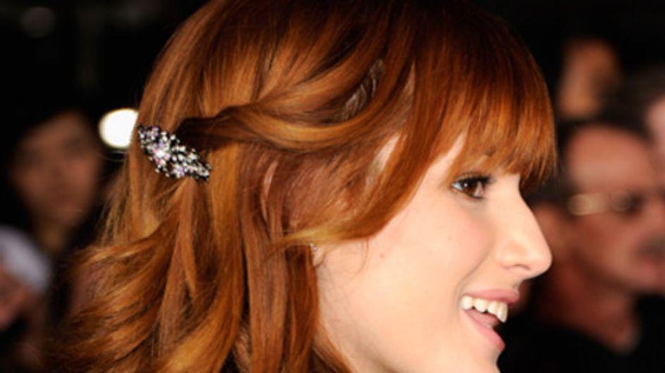 Glitzerklammer und Blütenkranz: So tragen die Stars Haarschmuck