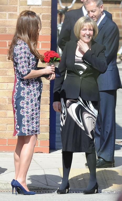 Kate con il pancione al 6° mese di gravidanza