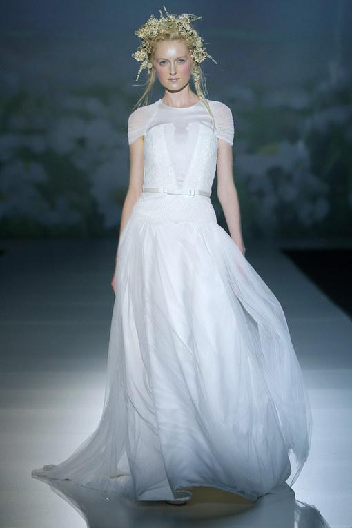 Victorio & Lucchino - Barcelona Bridal Week 2013