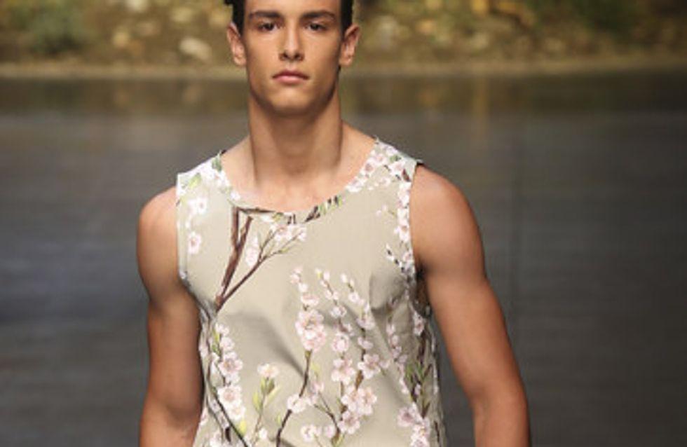 Colores claros y estampado arquitectónico en los diseños de Dolce & Gabbana