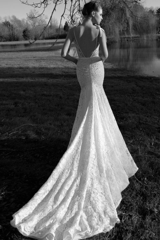 Beautiful backless wedding dresses we love!