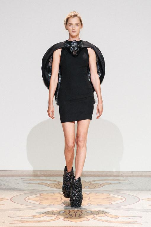 Défilé Iris Van Herpen Haute Couture Automne-Hiver Paris 2013-2014