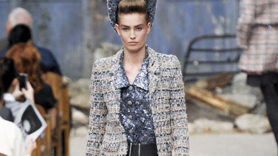 Chanel nos presenta una colección donde predomina la cintura marcada y el tweed