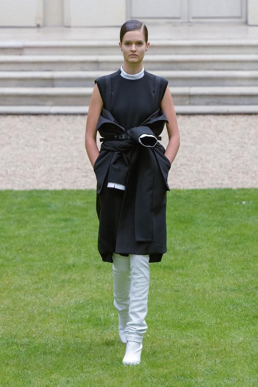 Défilé Rad Hourani Haute Couture Automne-Hiver Paris 2013-2014