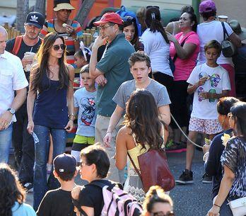 Foto/ La famiglia Beckham a Disneyland