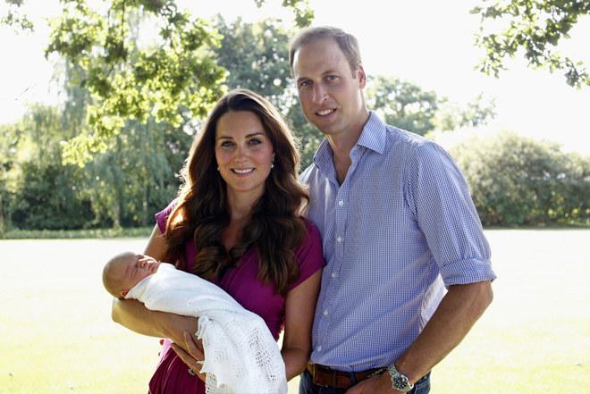 Kate: le foto del piccolo George e della gravidanza