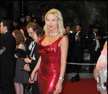 Valeria Marini: tutte le foto della star più glitterata dello showbiz