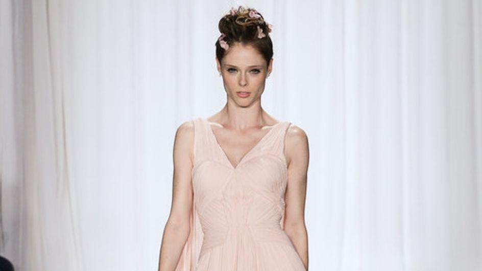 Zac Posen saca su lado más romántico en New York Fashion Week