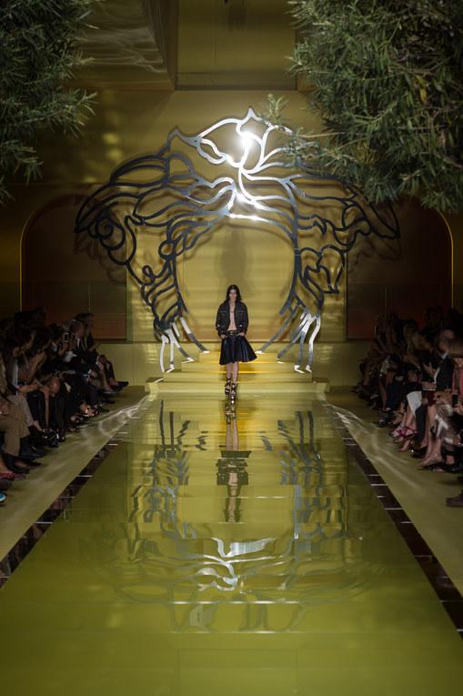 Défilé Versace PAP Printemps-Eté Milan 2014