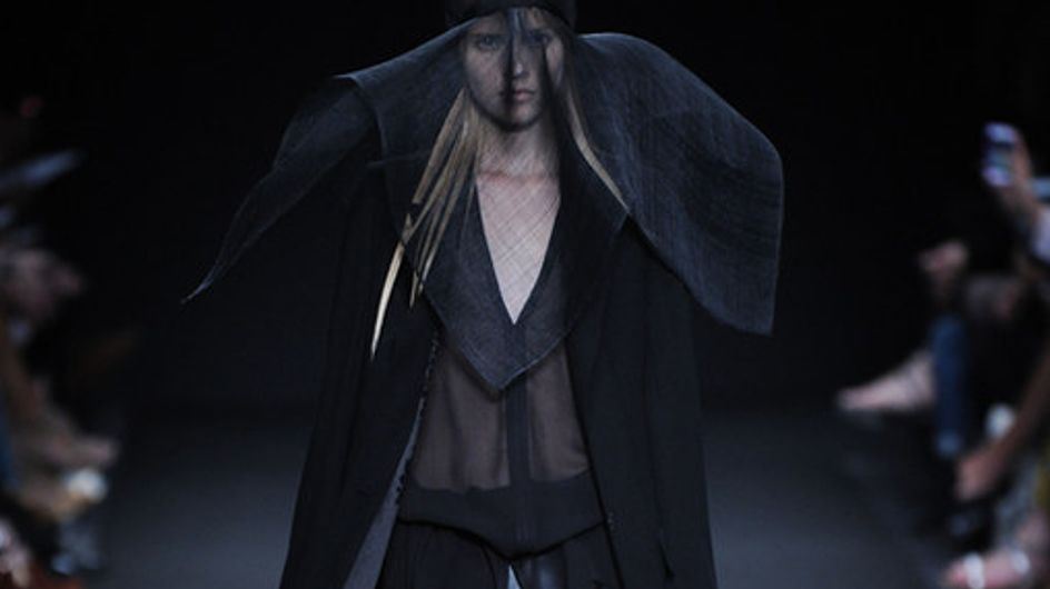 Ann Demeulemeester Parigi Fashion Week primavera estate 2014