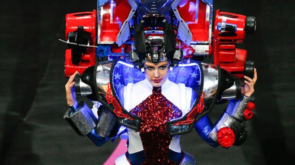 El extravagante desfile de Miss Universo 2013
