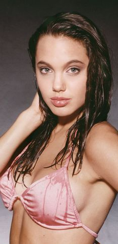 Angelina Jolie: Style File