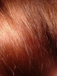 Directions Auf Kupferfarbenem Haar Anwenden
