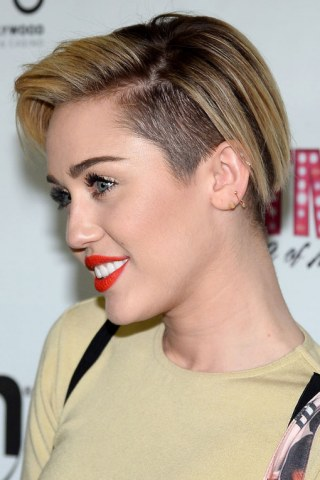 Miley Cyrus Haare Von Schön Bis Schräg Fotoalbum Gofeminin
