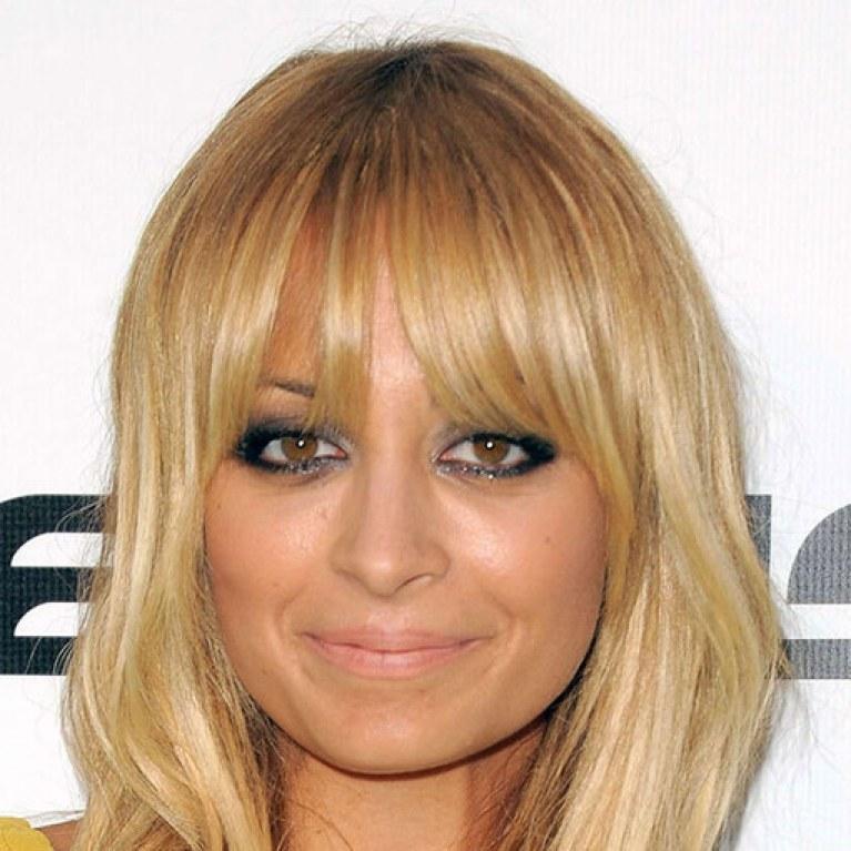 Fur Perfekte Proportionen Star Frisuren Fur Langliche Gesichter