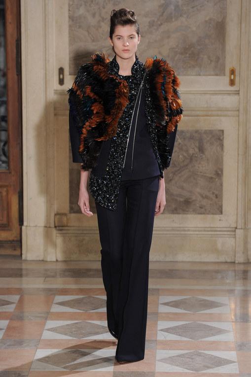 Défilé Bouchra Jarrar Haute Couture Printemps-Eté 2014