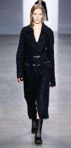 Calvin Klein, la laine sous toutes ses coutures
