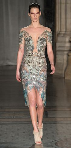 Julien Macdonald London Fashion Week autunno inverno 2014 2015