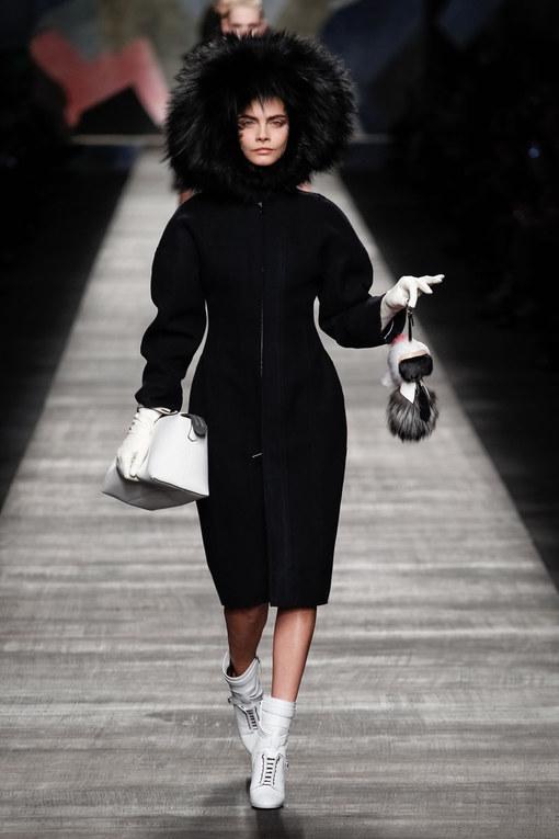 Sfilata Fendi Milano Fashion Week autunno-inverno 2015