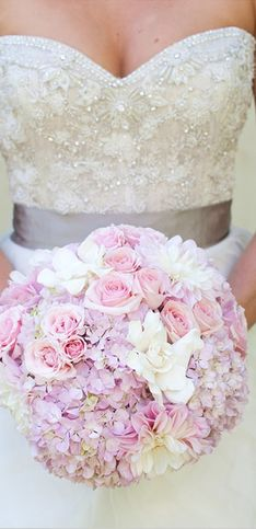 Wedding Bouquets: The Perfect Flowers For Your Big Day
