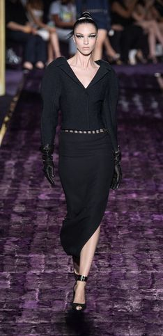 Les divines robes fendues Atelier Versace