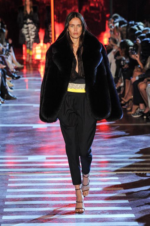 Modeshow Alexandre Vauthier Haute Couture Herfst-Winter Parijs 2014-2015