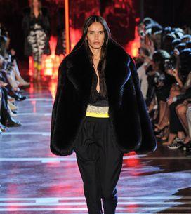 Modeshow Alexandre Vauthier Haute Couture Herfst-Winter 2014/2015 Parijs