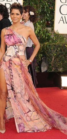 Halle Berry : Ses plus beaux looks en PHOTOS