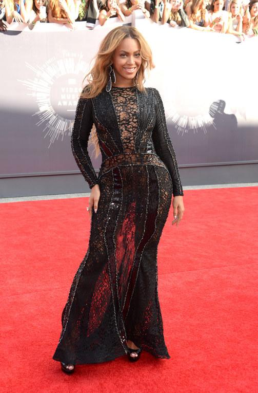 MTV Video Music Awards 2014: il Red Carpet