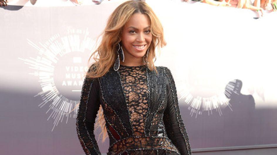 MTV VMA 2014: i look delle star sul Red Carpet