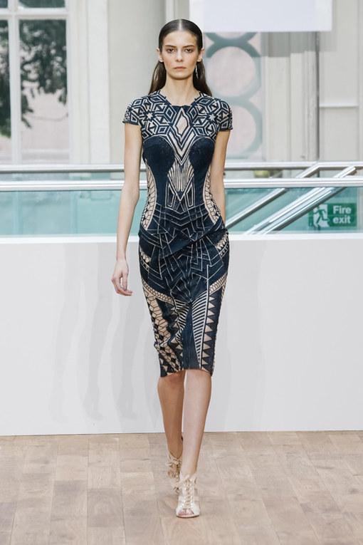 Julien Macdonald London Fashion Week primavera estate 2015