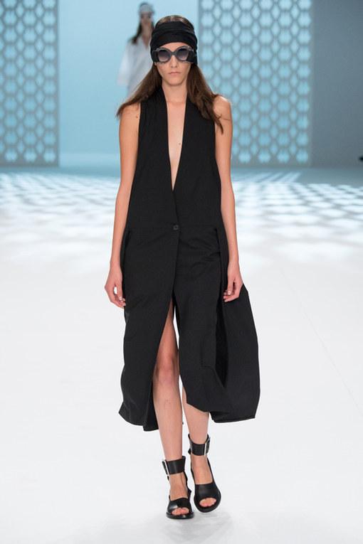 Chalayan Parigi Fashion Week primavera estate 2015