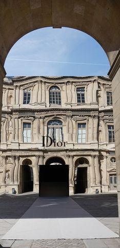 Christian Dior, la douceur des fleurs
