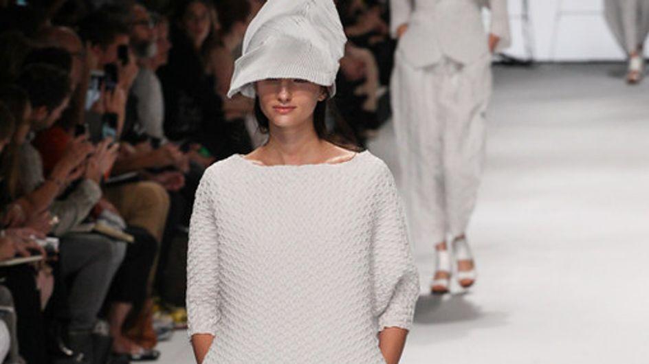 Issey Miyake Parigi Fashion Week primavera estate 2015