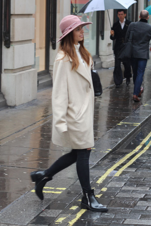 London Street Style 2014: Under Wraps