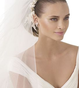 Gorgeous Pronovias Wedding Dress For Every Bride-To-Be