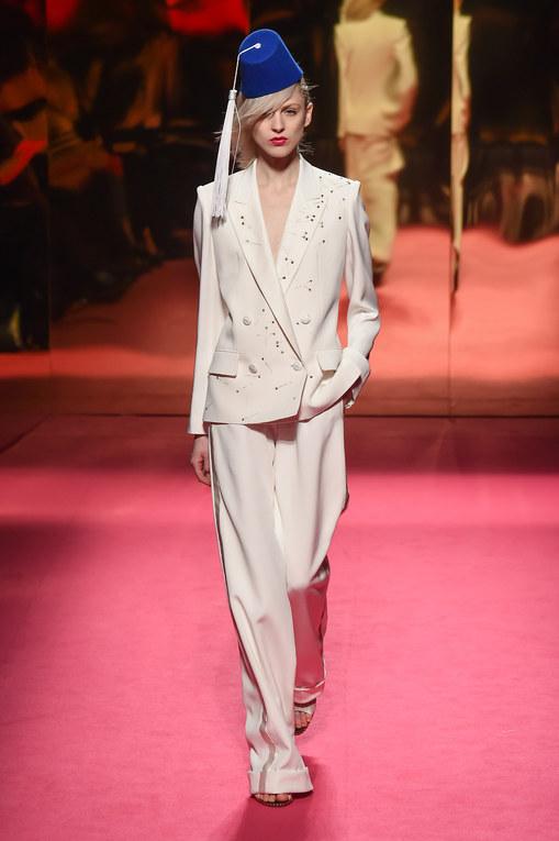 Défilé Schiaparelli - Défilé Schiaparelli Haute Couture Printemps-Eté Paris 2015