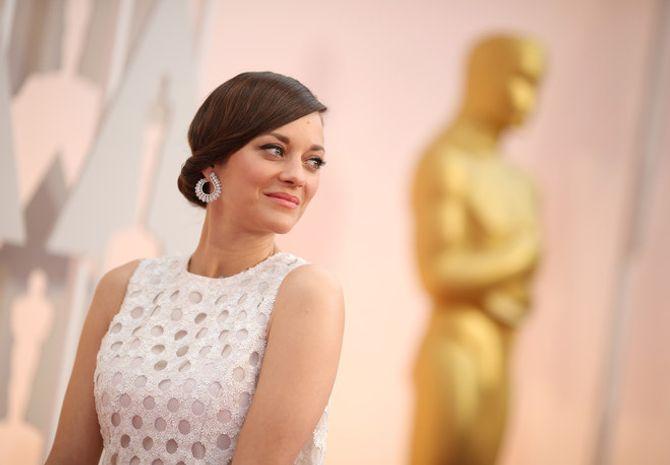 Todos los looks de la alfombra roja de los Oscar 2015
